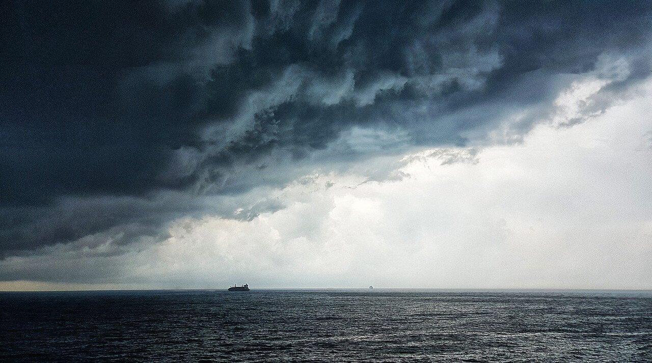 thunderstorm-4375844_12801
